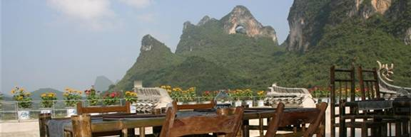 China Yangshuo Luna Restaurant and Best New Bar View