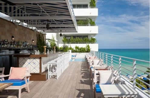 Rooftop Restaurant Or Bar In Miami